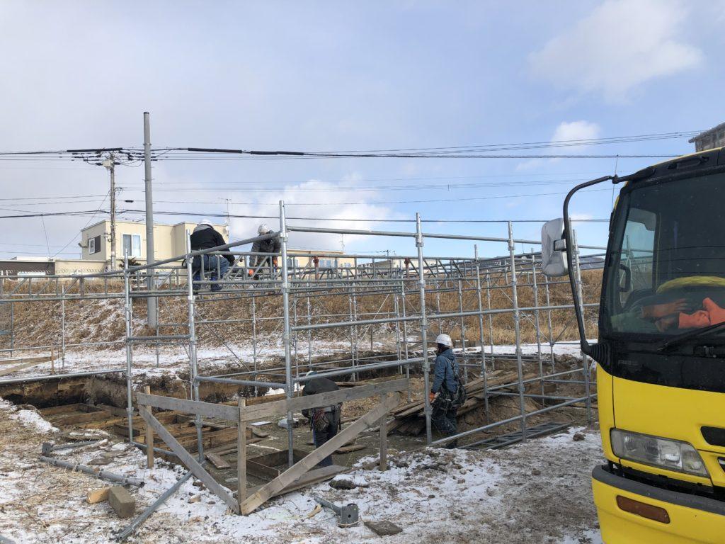 足場工事もヴィレッジヒルズで全道請負工事しております。